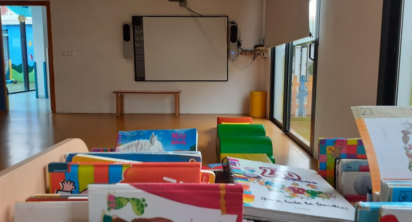 Pizarra digital en nuestra escuela infantil en San Pedro de Alcántara